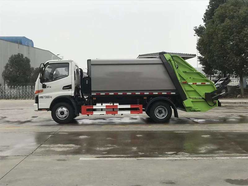 国六骏铃V3_6方压缩垃圾车功能齐全