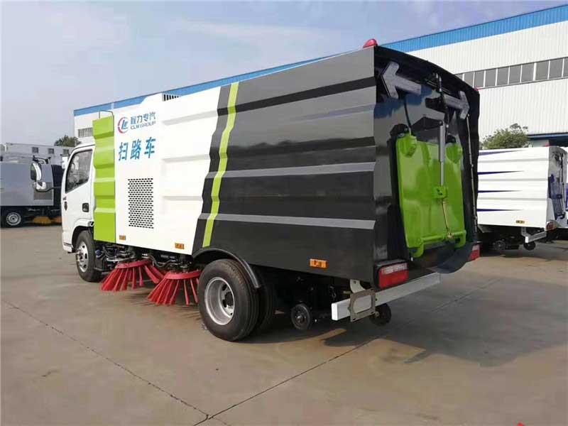 国六[推荐车型]多利卡D6_5.5方扫路车配置图片