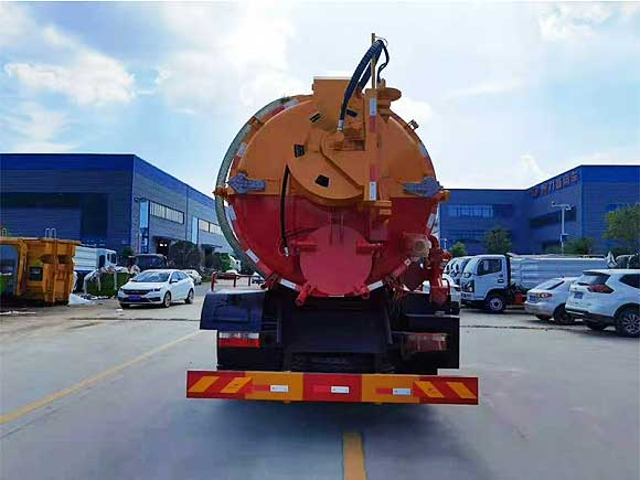 [推薦車型]東風多利卡D9_12方清洗吸污車廠家