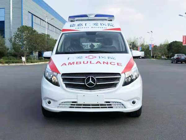 [热门车型]奔驰威霆监护型救护车改装厂 资质齐全