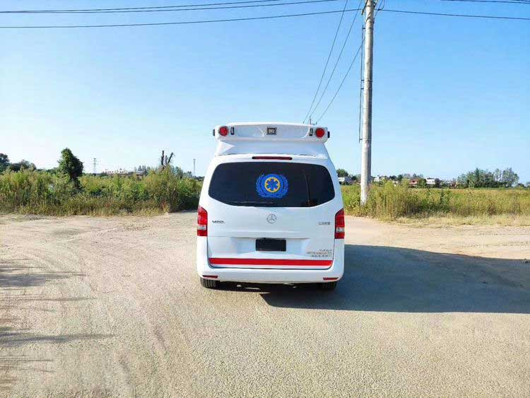 奔驰威霆监护型救护车价格表