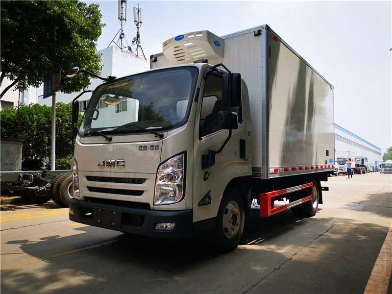 [推薦車型]江鈴凱運4.2米冷藏車廠價直銷