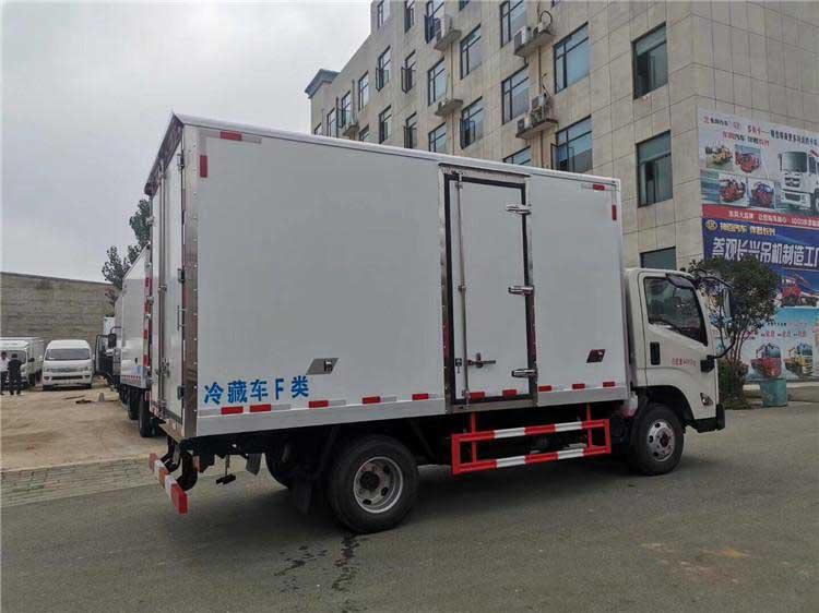 江鈴凱運4.2米冷藏車車型資料