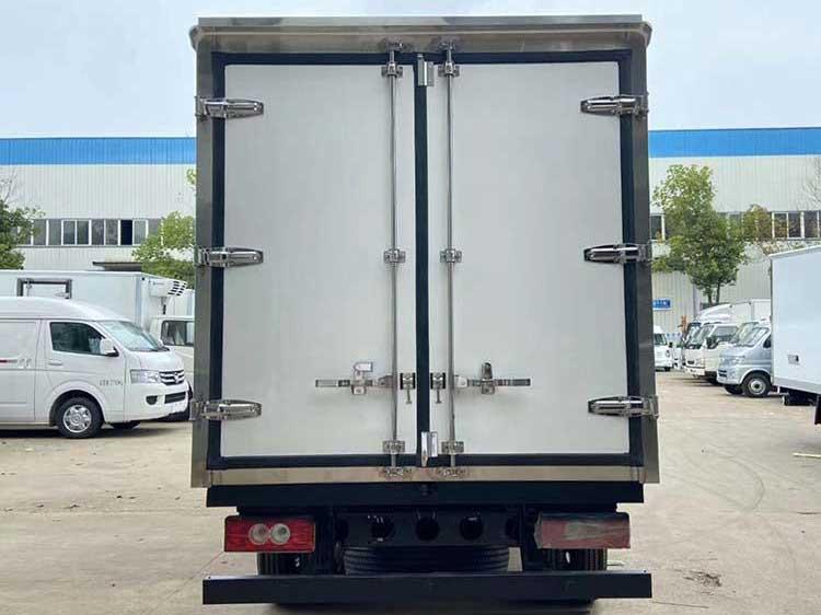 河南鶴壁小卡之星3.5米冷藏車哪里賣-性價比高