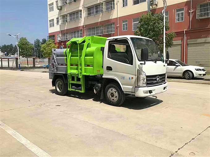 國6[推薦車型]藍牌3方餐廚垃圾車專業廠家-首選車型