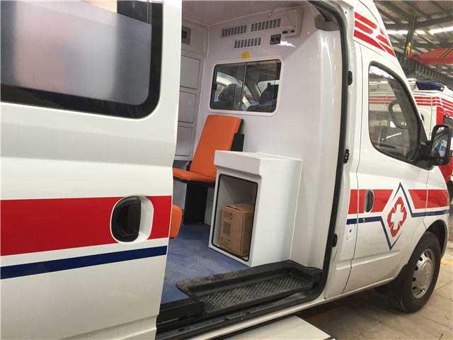 国六上汽大通V80转运型救护车车型资料 有售 怎么选择