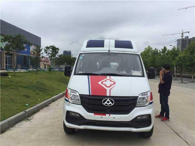 国6蓝牌监护型救护车_上汽大通V80救护车价格