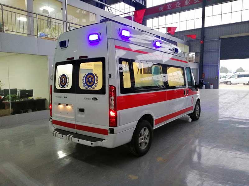 [推荐车型]蓝牌新时代全顺V348短轴救护车厂价直销_价格便宜