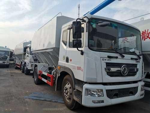 东风多利卡D9_22方散装饲料运输车生产厂家资质齐全
