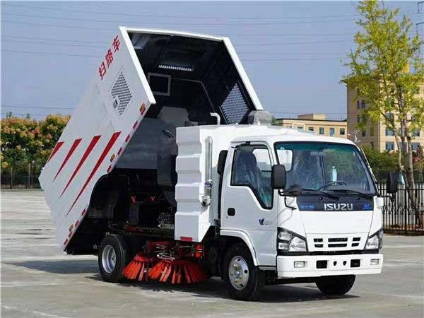 慶鈴五十鈴5.5方掃路車參數、資質齊全、價格便宜