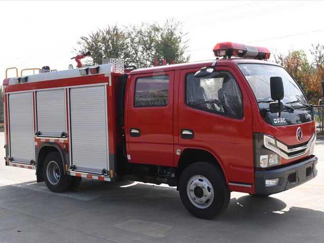多利卡D6双排2.5方水罐消防车高品质_优惠促销_现车