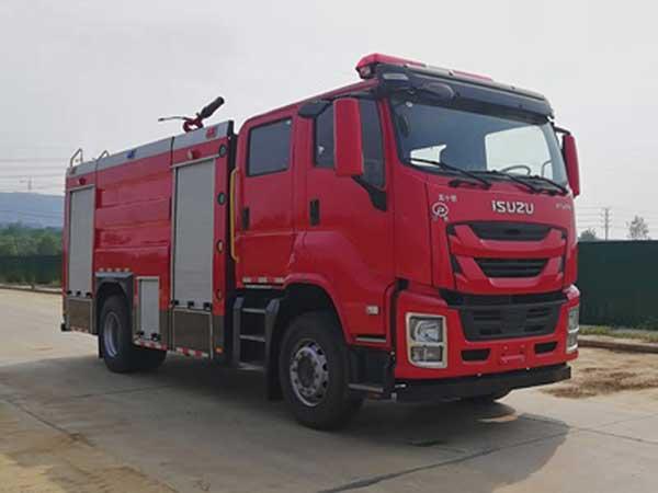 国六蓝牌庆铃五十铃FVR6吨泡沫消防车质量好