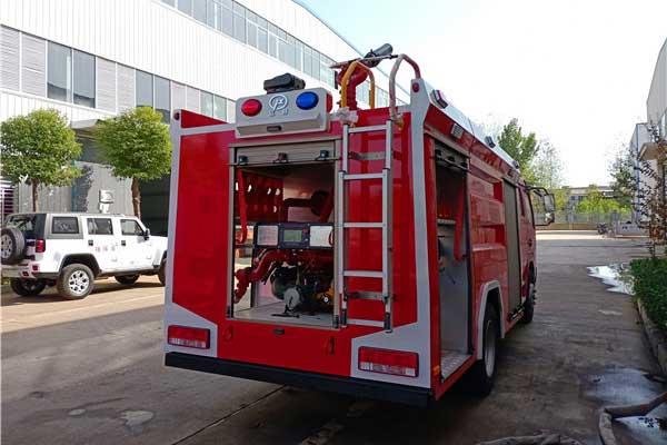 东风凯普特双排5吨泡沫消防车专业厂家-厂家直销-现车