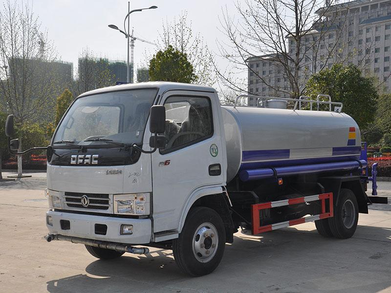 国五5吨东风多利卡D6洒水车