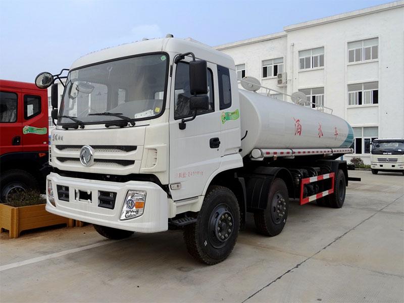 国五东风特商18吨洒水车