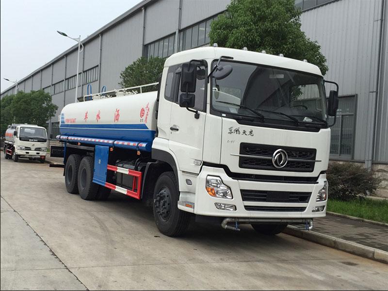 国五东风天龙16吨洒水车
