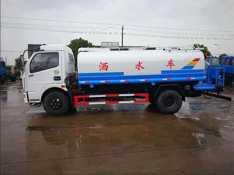 國五8噸東風多利卡D7灑水車