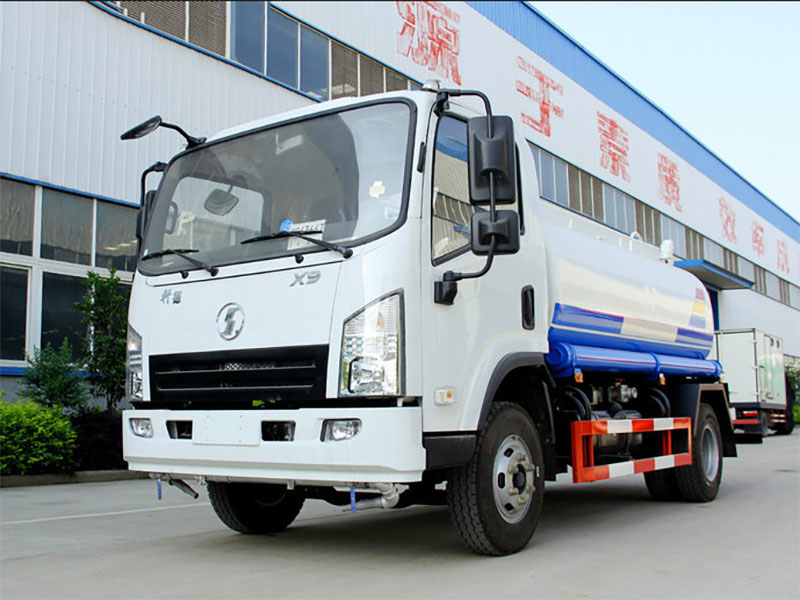 國五陜汽軒德5噸灑水車