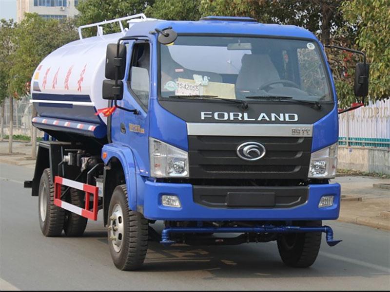 國五福田中馳10噸灑水車