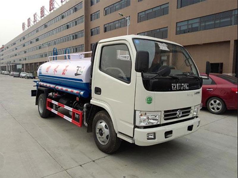 國五東風銳鈴4噸灑水車