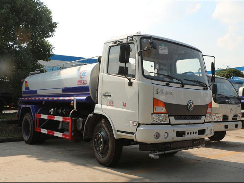 国五东风嘉运12吨洒水车