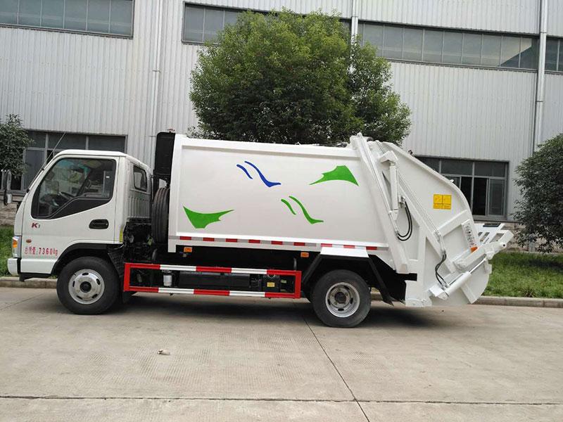 江淮5方压缩式垃圾车