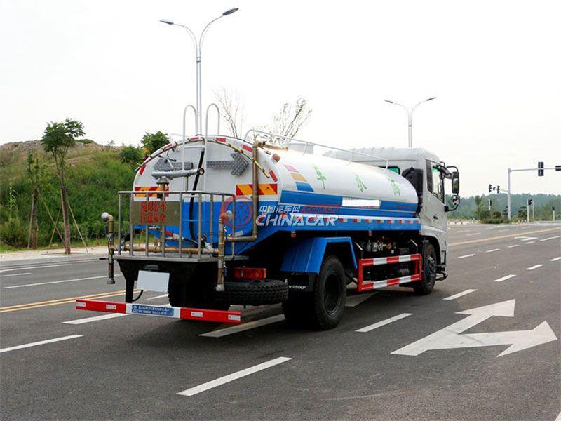 国五东风天锦15吨洒水车实拍图片