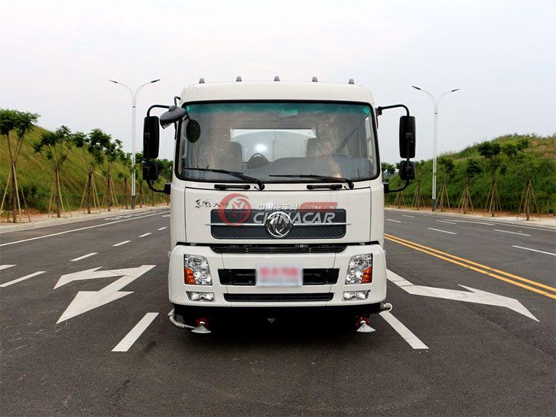 国五东风天锦11吨洒水车实拍图片