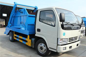 垃圾车厂家谈六个驾驶陋习对摆臂式垃圾车的损伤