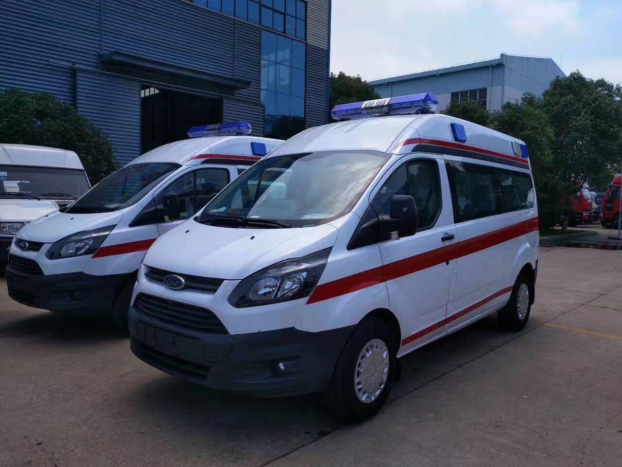 安徽六安霍邱县中医院订购的两台新全顺救护车顺利发车