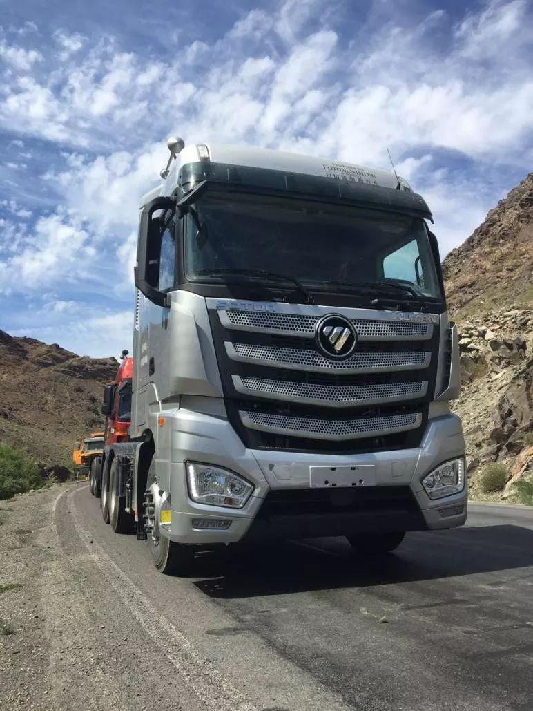 拥有欧曼EST超级卡车,新手司机开出老司机的油耗