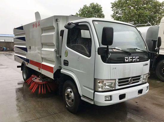东风扫路车厂家 国五洗扫车价格 福田小型扫路车的配置 马路吸尘清扫车道路清理