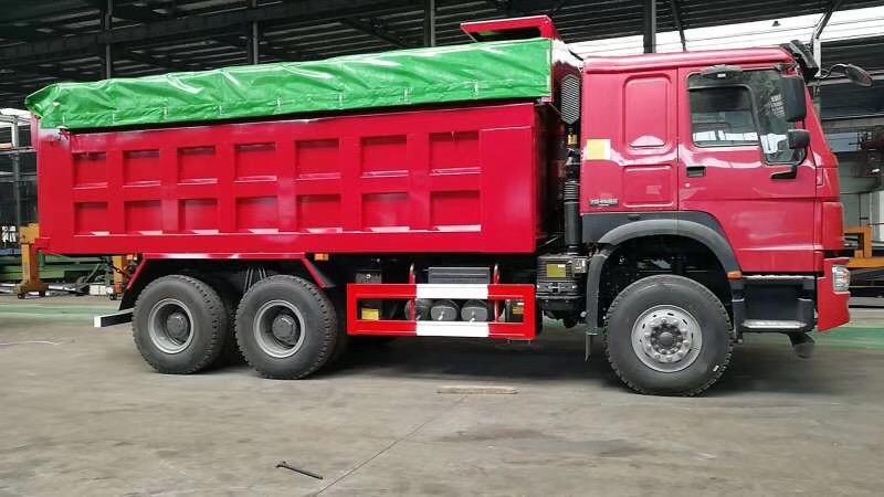 豪沃国五5.8米自卸车