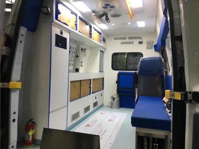 医疗救护车转运型跟监护型的区别有哪些?
