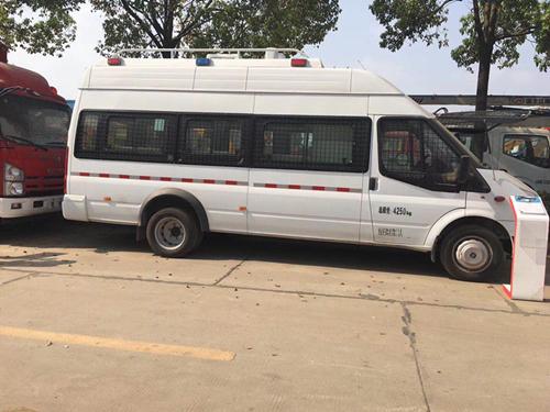 特警运兵车(江铃福特特警车)程力救援专业厂生产