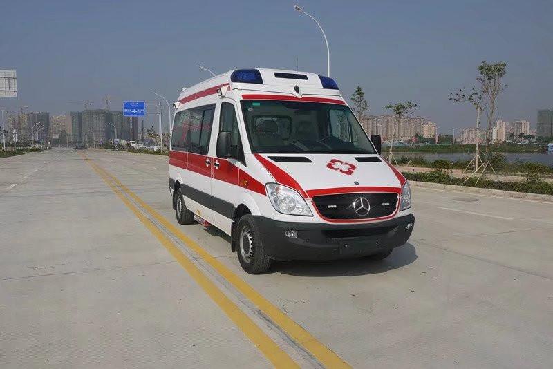 奔驰凌特315救护车生产厂家-程力高端医疗救援车厂