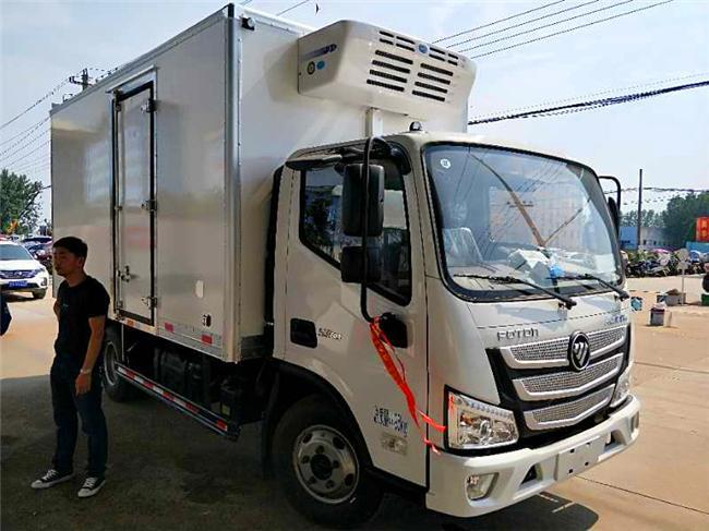 福田欧马可S3新款4.1米国五冷藏车