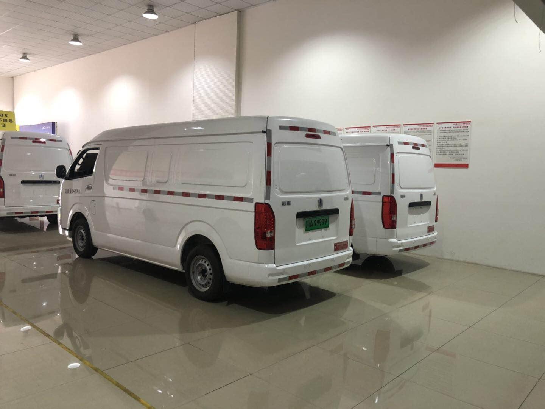 四川成都市纯电动厢式面包车哪家好、品牌、类型、售后完善