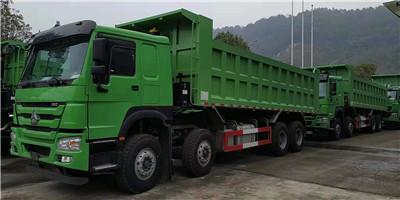 豪沃国五7.6米自卸车