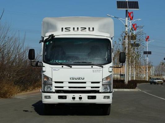 庆铃五十铃KV100 2.3米宽体厢式货车