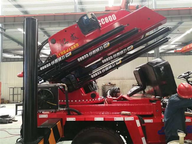 40吨折臂叉车吊配10吨或10吨以上的叉车上
