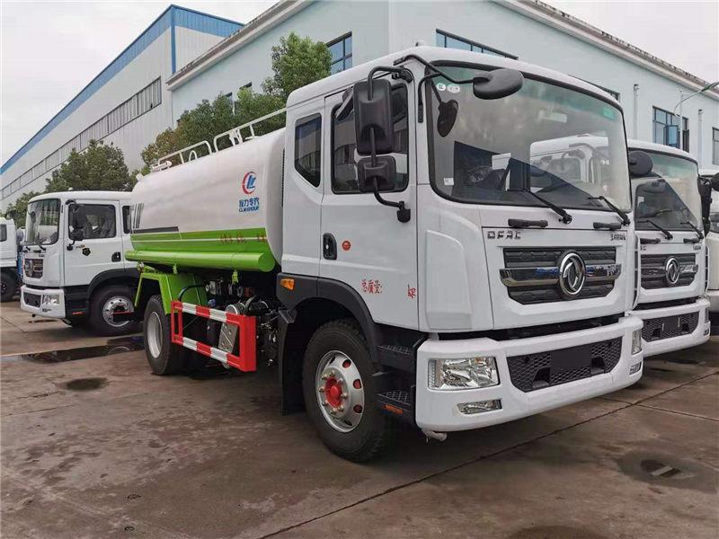 為園林綠化,降塵灑水無私奉獻的國六東風多利卡D9灑水車