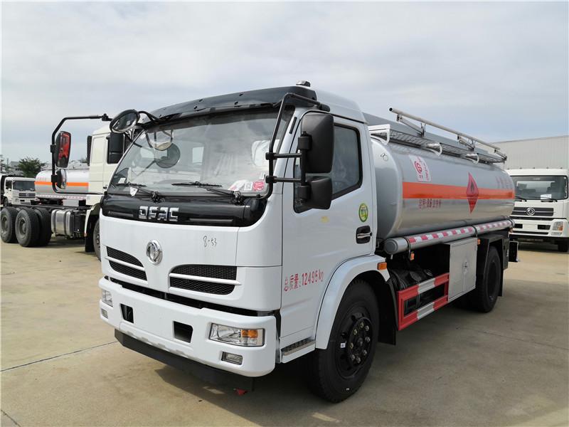東風8噸油罐車價格_10噸15噸油罐車多少錢一輛_小型油罐車廠家直銷