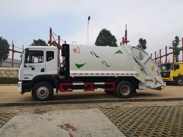 東風多利卡12方壓縮式垃圾車的配置