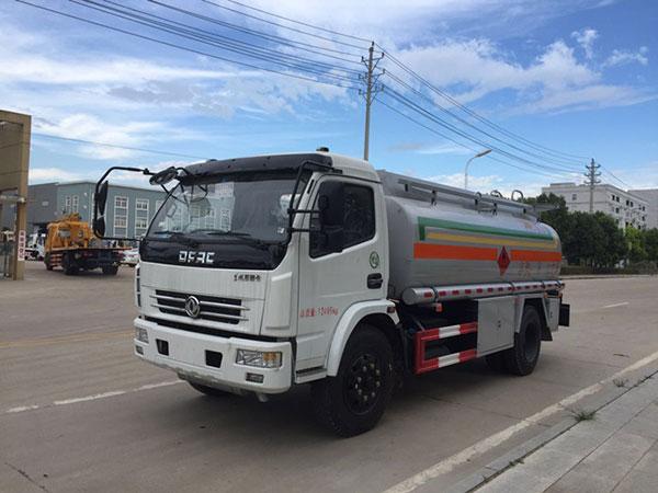 東風多利卡8噸油罐車價格_報價_配置