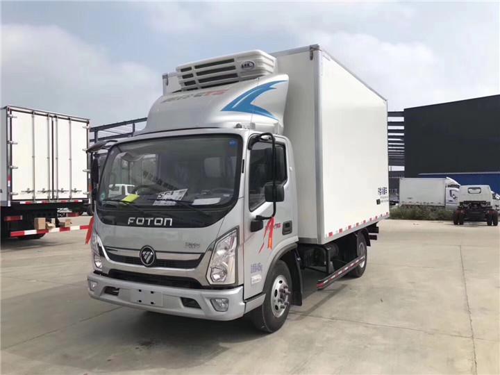 福田歐馬可S3與福田奧鈴速運兩款4.2米藍牌熱銷冷藏車,同款配置該如何選擇~!