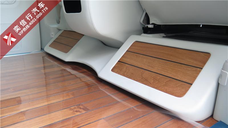奕信行房车奕隆系列奔驰房车的柚木地板,到底是个什么样的特别之处呢?