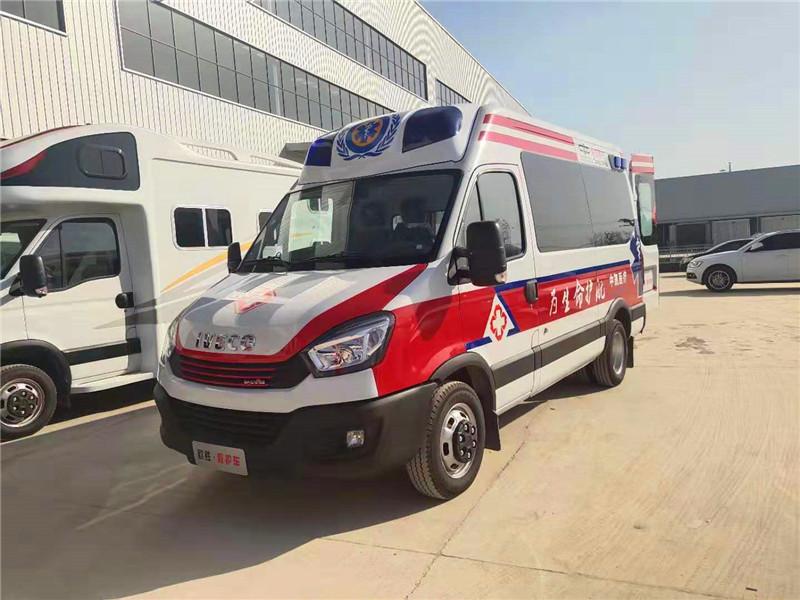 依维柯欧盛国际监护型救护车厂家样车底价出售,依维柯宝迪尊享款矿山救护车
