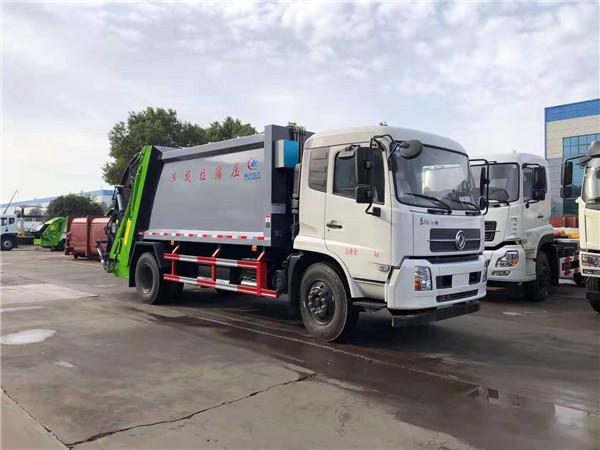 东风天锦后装压缩式垃圾车