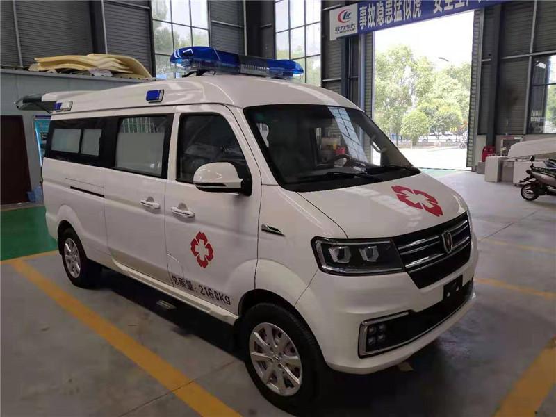 国六金杯小海狮运输型救护车厂家展车低价出售价格